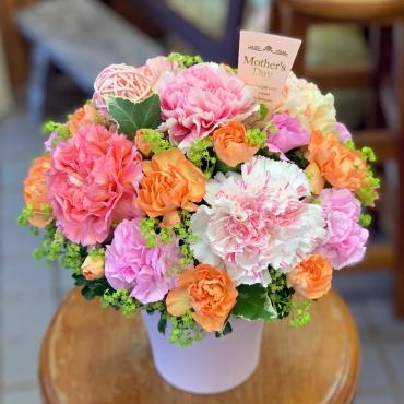 東京都大田区山王 大森の花屋 大花園(だいかえん)季節の旬な花をあなただけの贈り物に!上質でモダンな花贈りを大森スタイルでお届けします